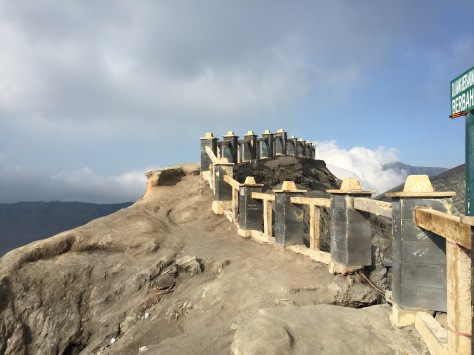 The barrier on Bromo's caldera